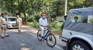 यूपी का राजदरबार – साइकिल और मंत्री जी …
